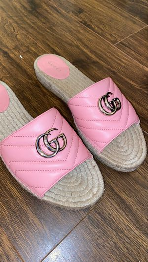 Gucci Sandals for Sale in Lauderdale Lakes, FL