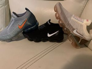 Women vapor max shoes Nike fly knit for Sale in Pompano Beach, FL