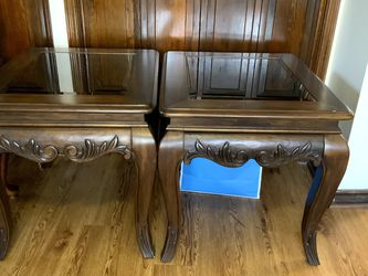 solid wood good wooden coffee table 28*24*25inches $30/each for Sale in Houston,  TX