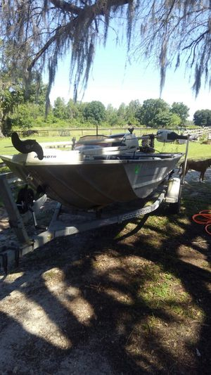 17' bass boat for Sale in Lakeland, FL