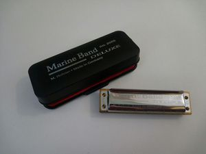 Harmonica Hohner Marine Band Deluxe No 2005 Key of G for Sale in Sunnyvale, CA