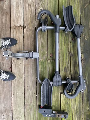 """Kuat Transfer 2 bike rack 2"""" or 1"""" hitch with adapter for Sale in Elkridge, MD"""