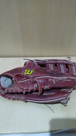 Wilson A2640 Shawon Dunston RHT 11.5 Inch Baseball Glove Leather Fieldmaster for Sale in Fontana, CA