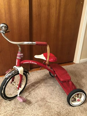 Classic Radio Flyer Tricycle for Sale in Chicago, IL