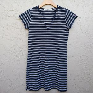 """Tommy Hilfiger Blue & White Striped Dress Two eyelets at top Tommy logo on left sleeve Size Medium Chest 36"""" Length 32"""" Great Condition for Sale in Bartow, FL"""