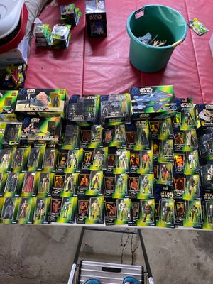 Star Wars power of the force 50 piece action figure set for Sale in Des Plaines, IL