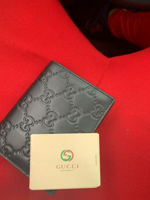 Gucci wallet for Sale in Riverdale, IL