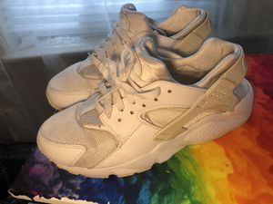 Nike huaraches for Sale in New York, NY