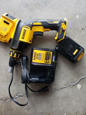 Dewalt Drill Drywall Screwgun Kit 20v Max Brushless motor 2 battery and charger for Sale in Riverside, CA