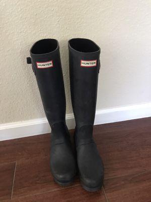 Hunter rain boots size 8 for Sale in Saratoga, CA