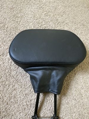 Hd driver back rest never used (new) for Sale in Columbus, OH