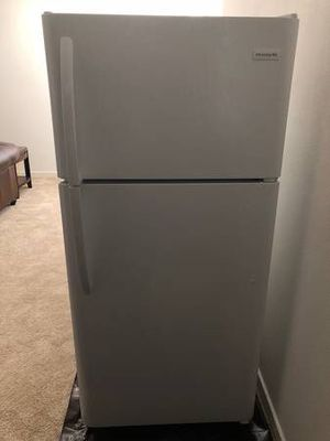 Frigidaire 18 cu. ft. Top Freezer Refrigerator White (FFTR1814TW0) for Sale in Oakland, CA