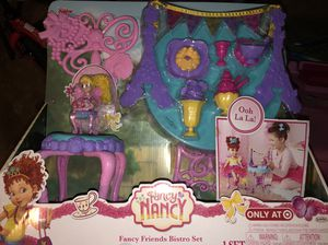 Fancy Nancy bistro set for Sale in Gardena, CA