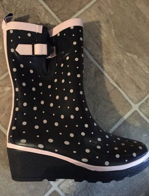 New Rain Boots size 8 for Sale in Mableton, GA