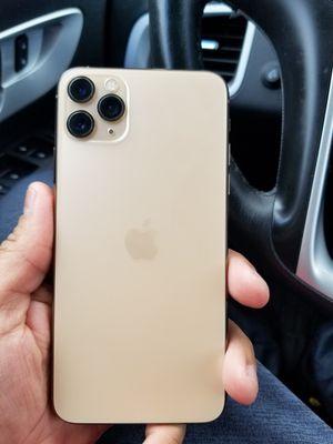 IPhone 11 pro Max for Sale in Lenexa, KS