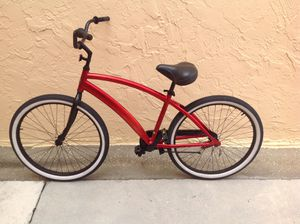 BICYCLE BEACH CRUISE SIZE 26 EXCELLENT CONDITION for Sale in Miami, FL