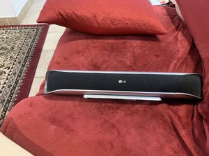 LG center speaker- excellent condition for Sale in Wood Dale, IL