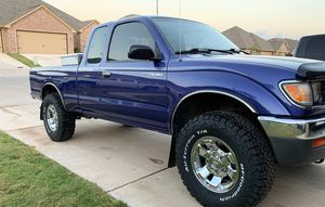Beautiful 1996 Toyota Tacoma AWDWheels Clean for Sale in Memphis, TN