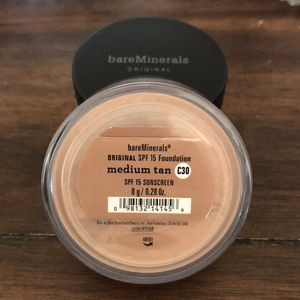 Lot of 2 bareminerals 8g loose powder foundation. for Sale in Arroyo Grande, CA