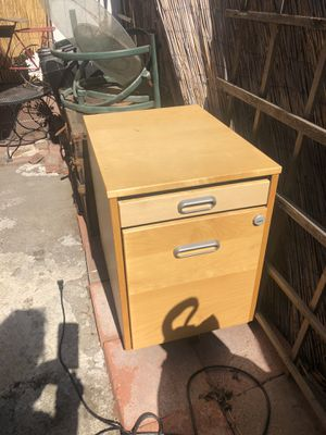 Nice file cabinet for Sale in Los Angeles, CA