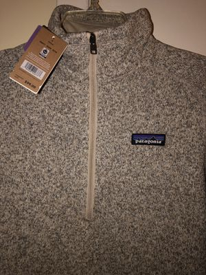 Authentic Patagonia (color- pelican) Women's Better Sweater 1/4 zip slim fit size small. Brand new, never worn. for Sale in The Bronx, NY