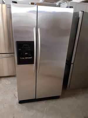 Refrigerator kitchen Aid good condition 3 months warranty for Sale in Oakland, CA