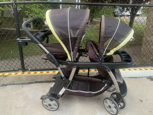 Graco double stroller for Sale in Quincy, MA