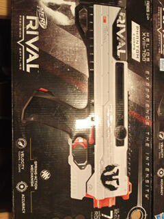 Nerf rival NVI 1200, NVIII 700, XV 700 Nerf guns