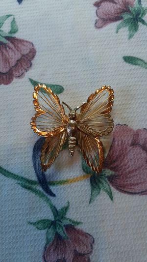 Monett women's vintage butterfly brooch for Sale in Gleason, TN