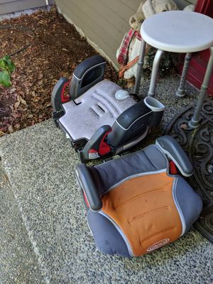 Pending pick up:Two booster seats free for Sale in Redmond, WA