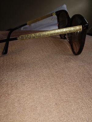 Gucci SunGlasses for Sale in Baltimore, MD