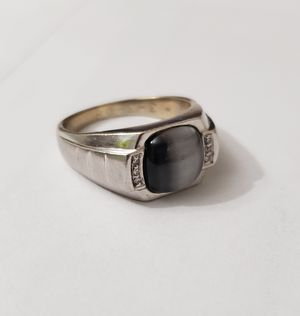 Cats Eye Ring for Sale in Fort Leonard Wood, MO