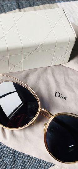 Dior Women Sunglasses for Sale in Arlington,  VA
