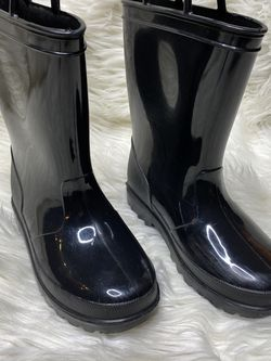 Little Kids Rain Boots—only shipping, sorry no meet ups for Sale in Marietta,  GA