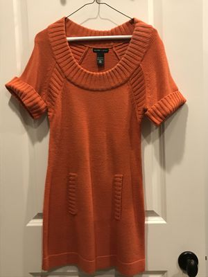 New York & Company Tunic Sweater - Size S - Orange for Sale in New Canaan, CT