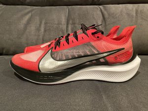 Nike Zoom Gravity University Red Running Shoes Mens Size 11 NEW for Sale in Fontana, CA