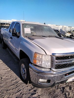2011 Chevy Silverado 2500 for parts!!! for Sale in Grand Prairie, TX