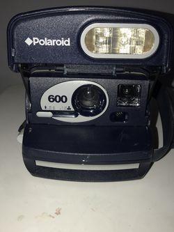 Old School Polaroid Camera for Sale in Aurora,  CO