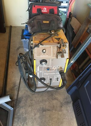 ESAB Migmaster 250 w Bottle and a lot of Scrap Steel for Sale in San Diego, CA