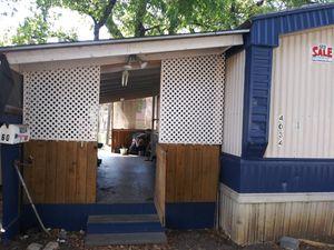 Móvil home en venta de 2 recámaras y 2 baños for Sale in Dallas, TX