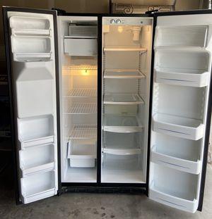 GE Refrigerator for Sale in Las Vegas, NV