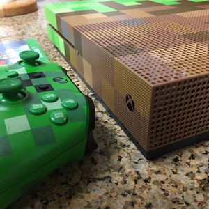 Xbox one s 1TB Minecraft Edition & Wireless controller & all cables ready to plug and play! for Sale in Santa Ana, CA