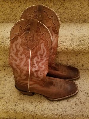 Ladies boots for Sale in Acworth, GA