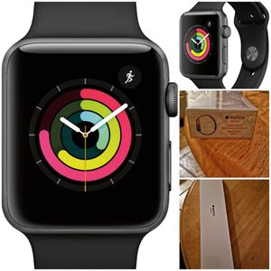 Series 3 Apple Watch Black 42MM for Sale in Las Vegas, NV