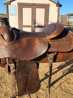 Saddle for Sale in Apple Valley,  CA