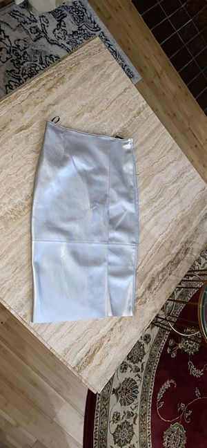 Women leather skirt Size M. $ 20 for Sale in Bloomfield Township, MI
