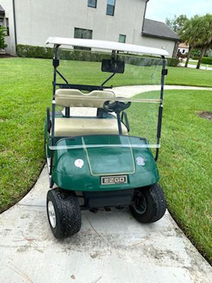 EZGO golf cart runs great priced to sell for Sale in Lake Worth, FL