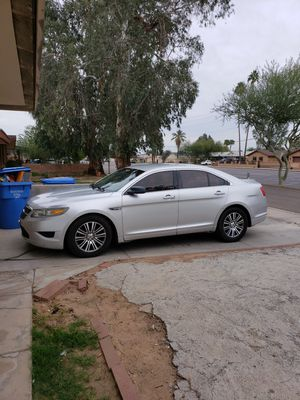 2010 ford taurus for Sale in Glendale, AZ