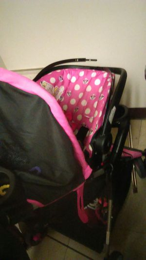 Car seat stroller and walker all for 150 for Sale in Buffalo, NY