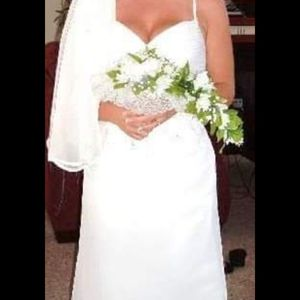 Bridal dress from David's Bridal for Sale in Medina, OH